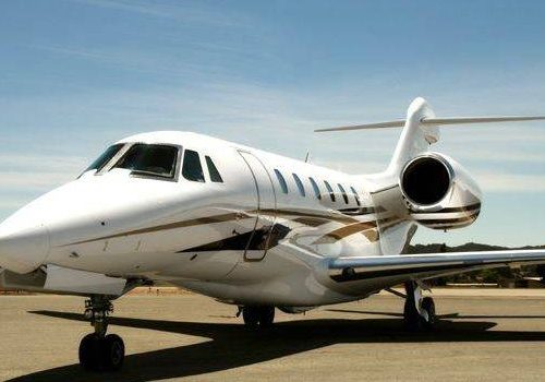 air charter travel