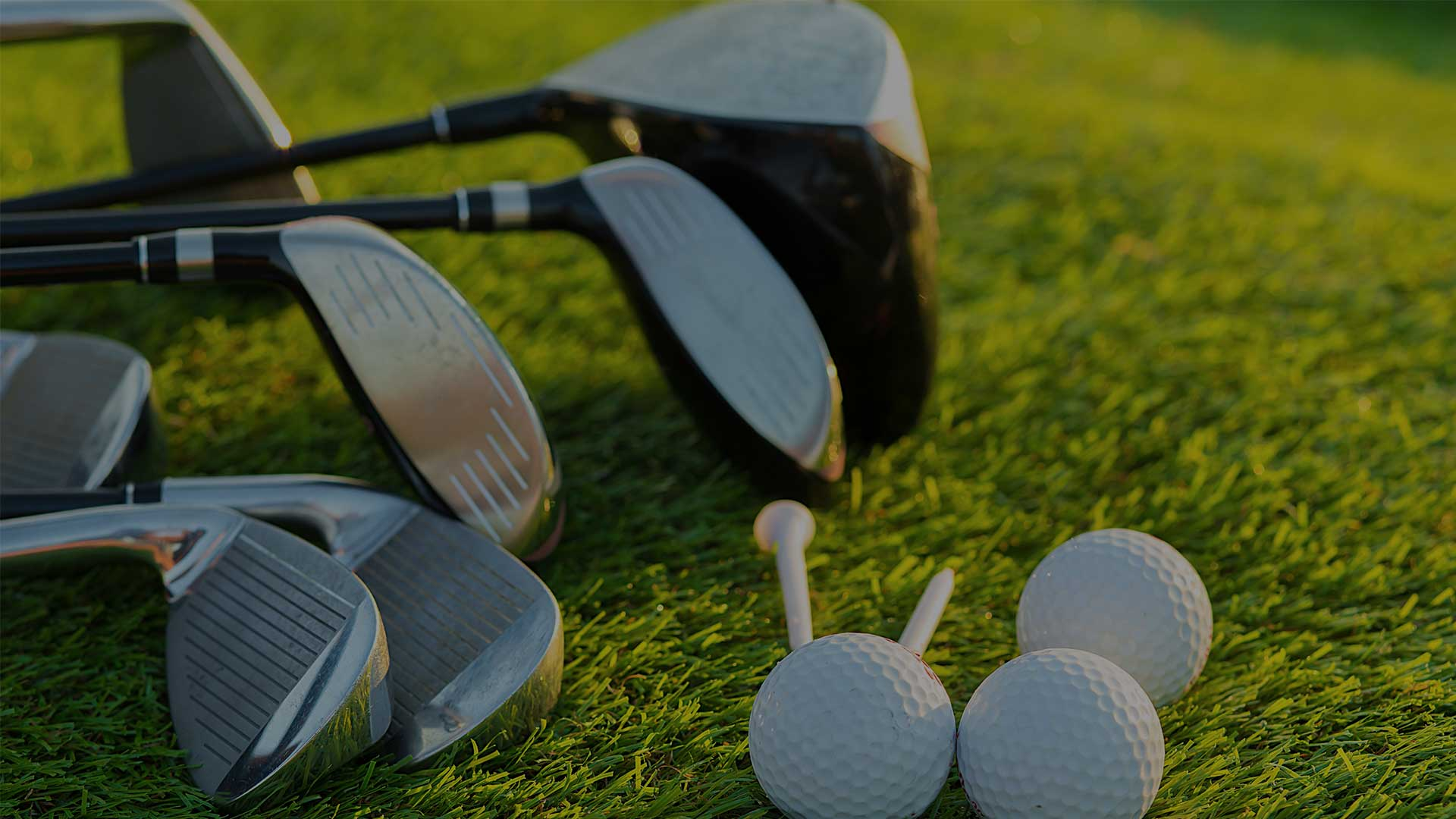 Jet-centric golf experiences | Play with the professionals | Adagold Luxe