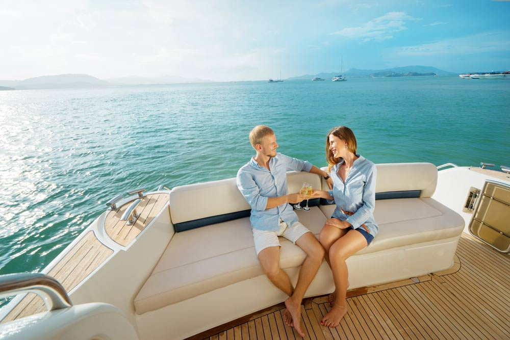 Far North Queensland Super Yacht Cruise Adagold Luxe and Northrop & Johnson