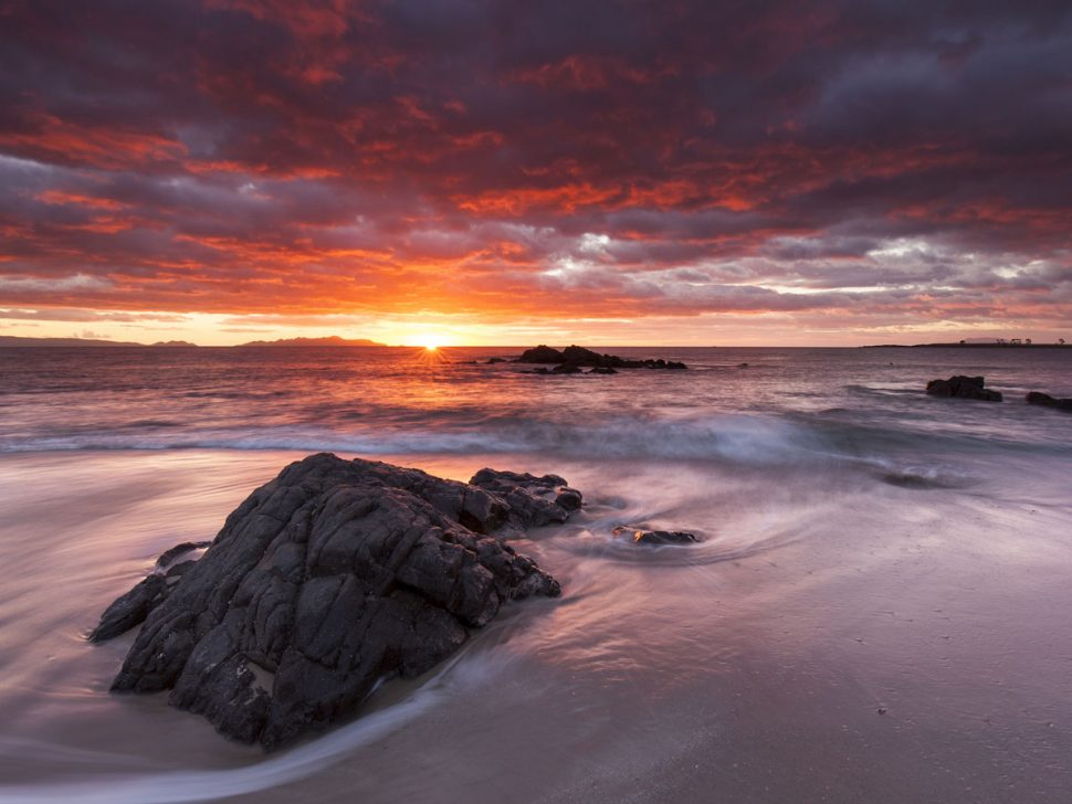 Tasmanian East Coast - The Secluded Beauty | Adagold Luxe | Jet-Centric