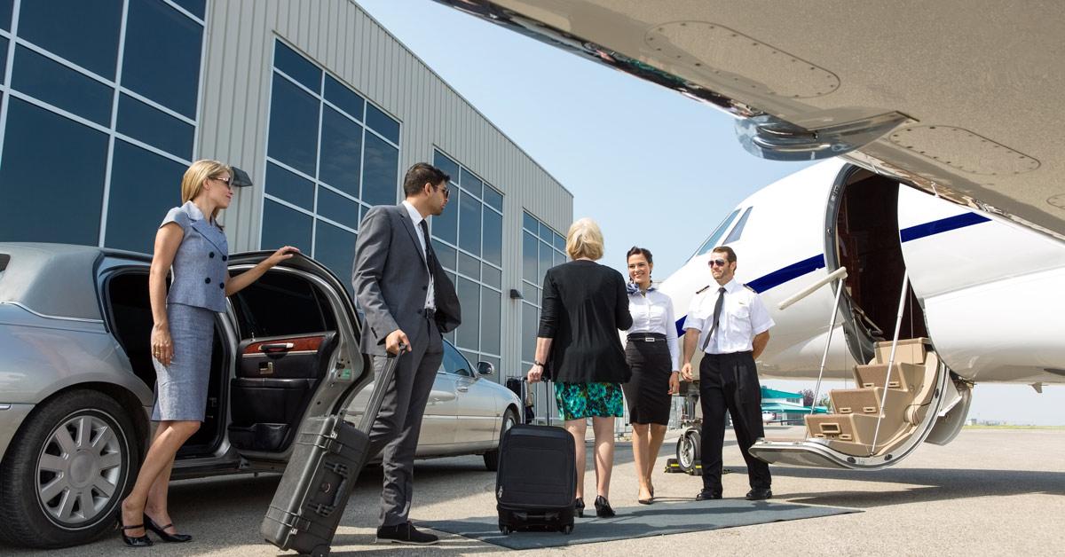 Trio Meet Pilot And Flight Attendant Of Private Jet
