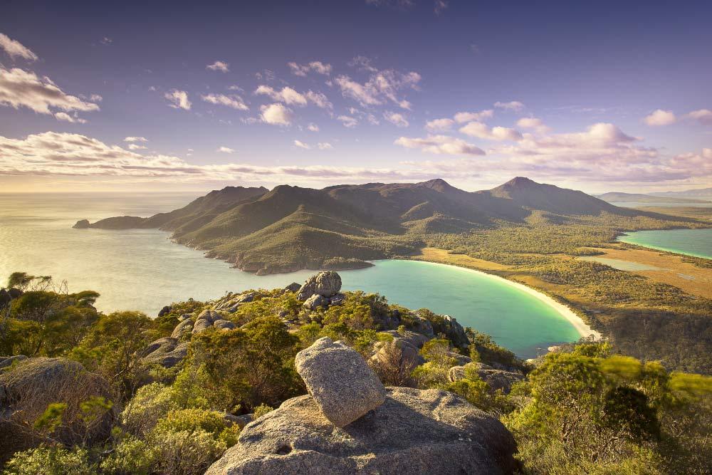 tasmania luxury itinerary MACQ 01 HOBART, WINEGLASS SAIL WALK – EAST COAST, PUMPHOUSE POINT LAKE ST CLAIR JOSEPH CHROMY WINES RELBIA