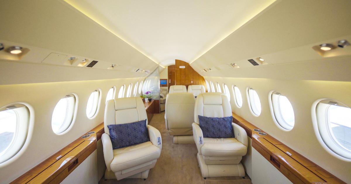 """alt=""""Dassault Falcon interior"""""""
